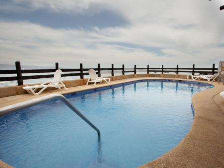 Swimming pool Hotel Oceanic