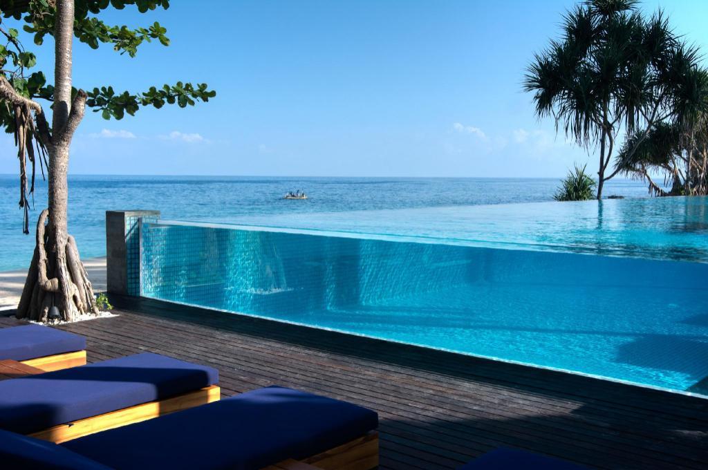 Catamaran Resort Hotel Reviews