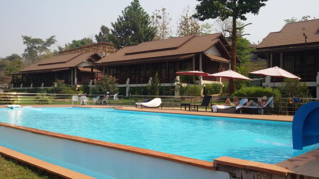 PhuBaChiang Golf & Resort Pakse in Laos - Room Deals, Photos & Reviews