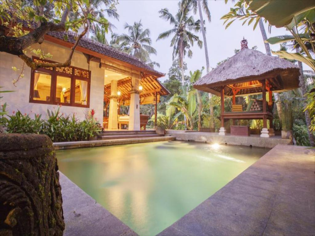 Best Price on Villa Ramayana in Bali + Reviews!
