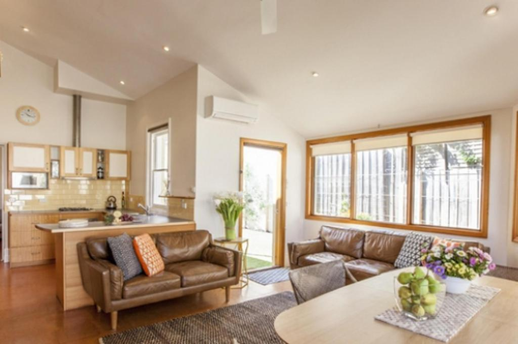 2 Bedroom Apartment - Lounge Boutique Stays Elwood Beaches 3