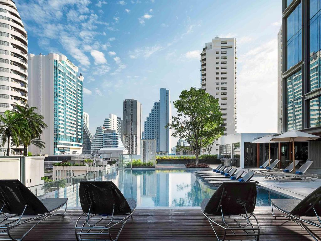 Swimming pool [outdoor] Novotel Bangkok Sukhumvit 20