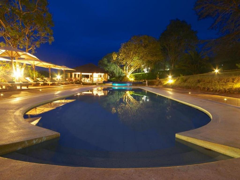 Swimming pool Aberdare Country Club