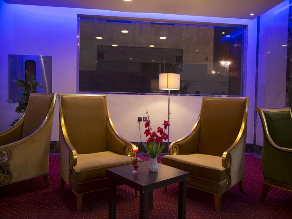 Sunrise hotel - room photo 14572986
