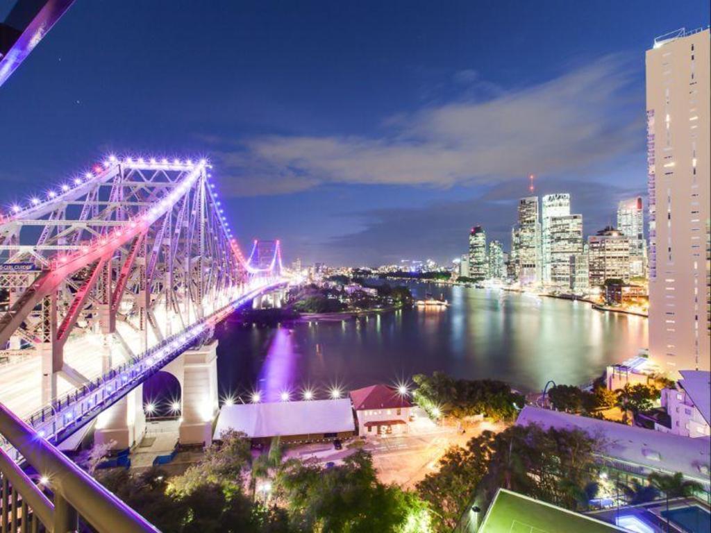 More About Oakwood Hotel Apartments Brisbane