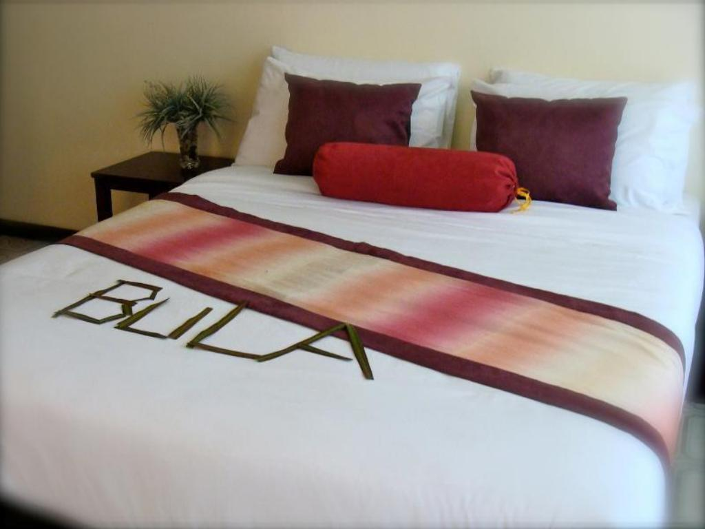 Deluxe Double - Bed Enchanted Fiji