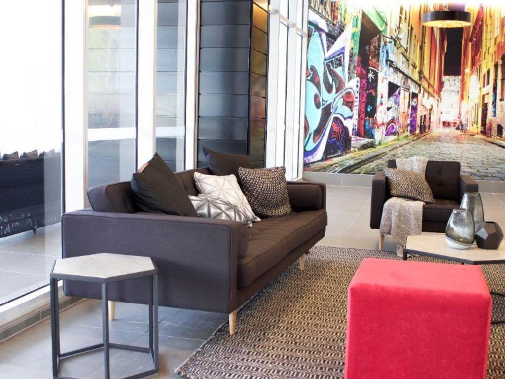 Book Synergy Broadbeach Apartments (Gold Coast) - 2019 PRICES