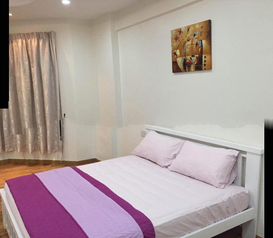 Hilton 2 Bedroom Apartment Gold Coast Bedroom Bedside Wall Lights Bedroom Decorating Ideas Christmas Lights Black And White With Color Bedroom: Best Price On Vacation Condo At Gold Coast Penang In