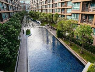D Condo Creek 8 FL