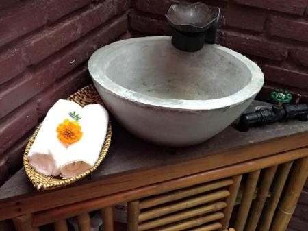 Μπάνιο Golden Lantern Homestay Hoi An