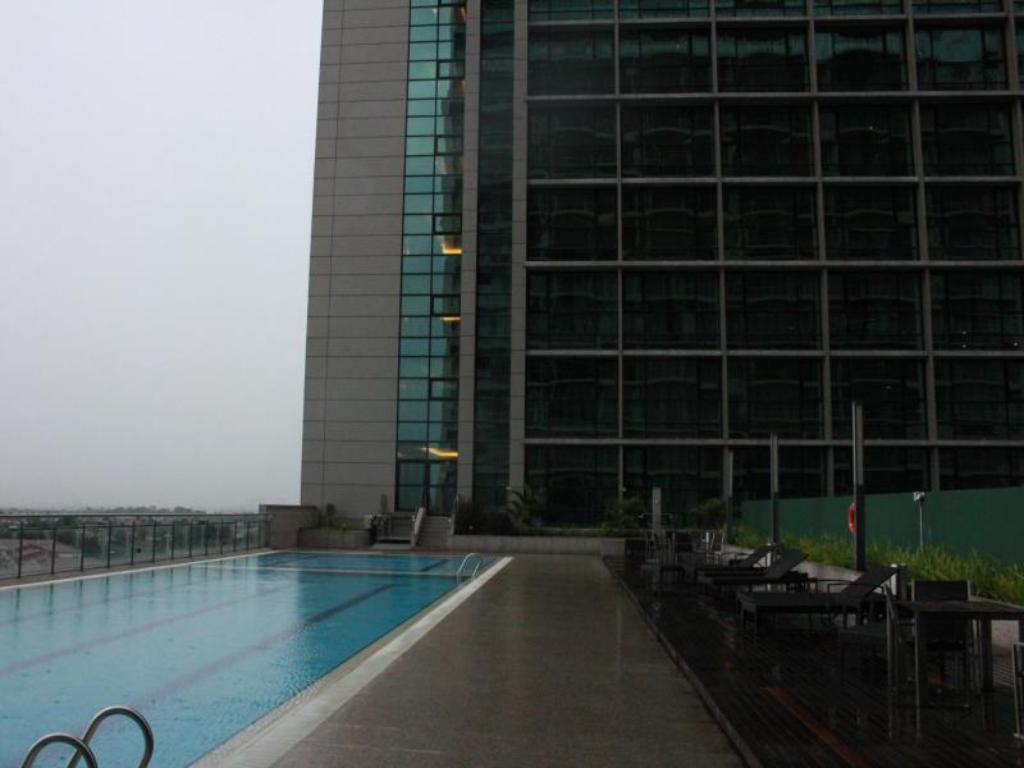 Swimming pool [outdoor] Serviced Apartment @ Imperial Suites Kuching