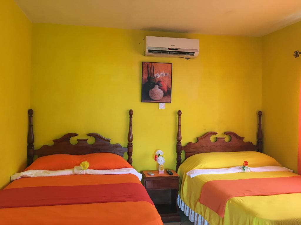 Deluxe  Double Room with Two Queen Beds and View Villa Casa Defe