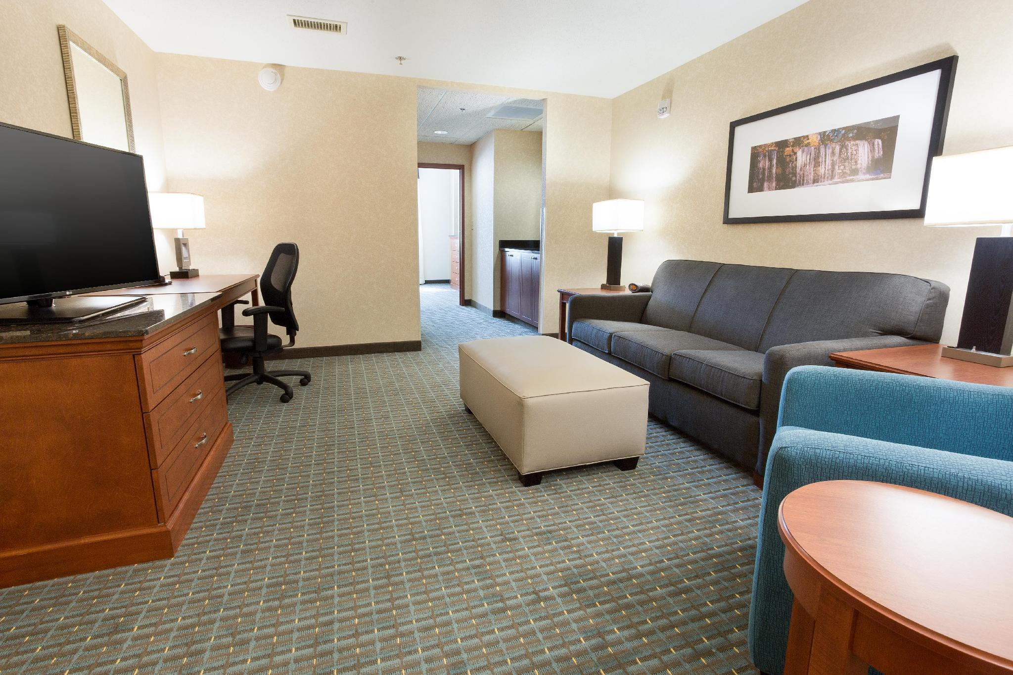 King Suite Hearing Accessible