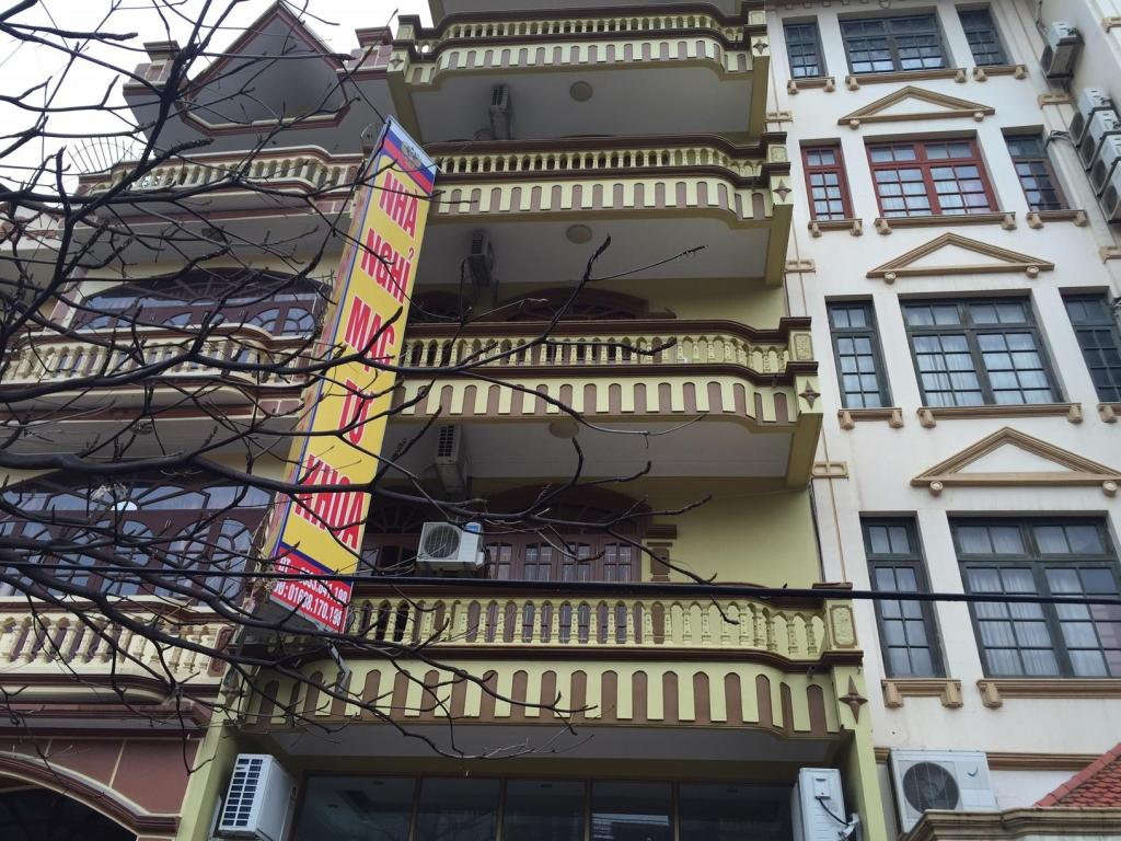 Exterior view Mac Tu Khoa Hostel