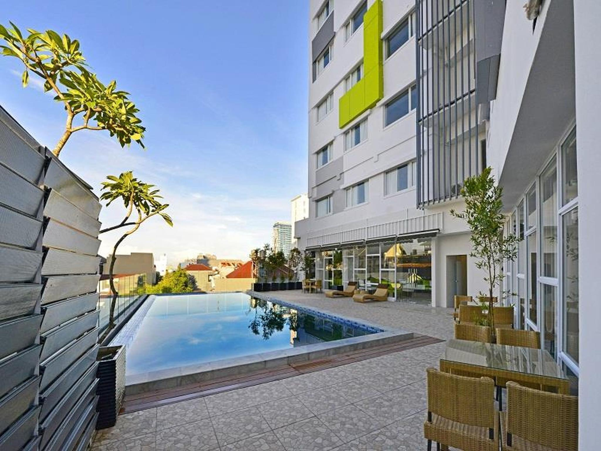 whiz prime hotel hasanuddin makassar in indonesia room deals rh agoda com