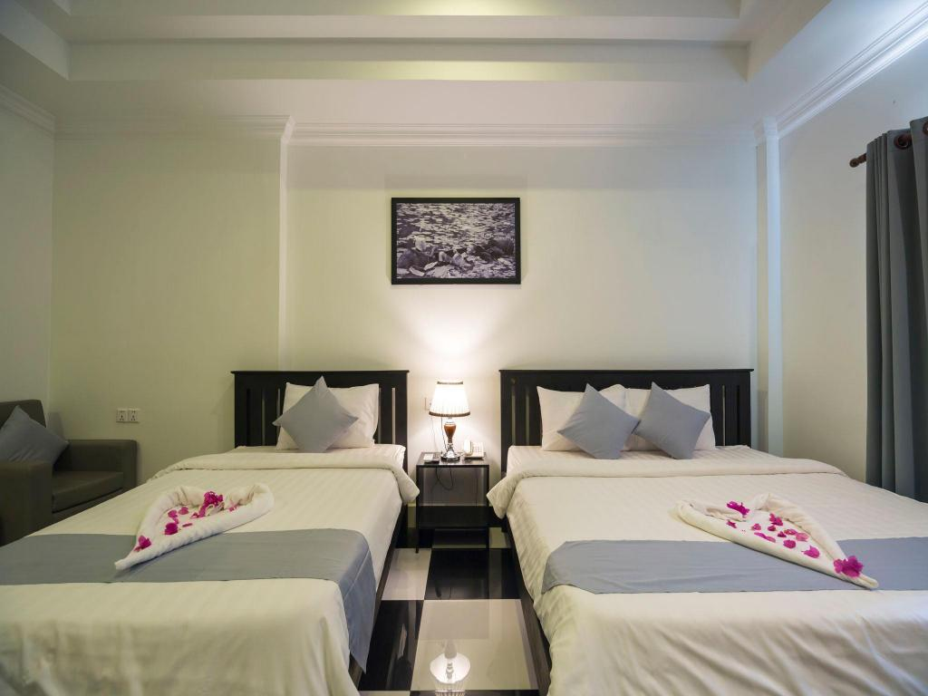 Superior Twin Room - Free Two Ways Airport Transfer - Llit Rithy Rine Angkor Residence