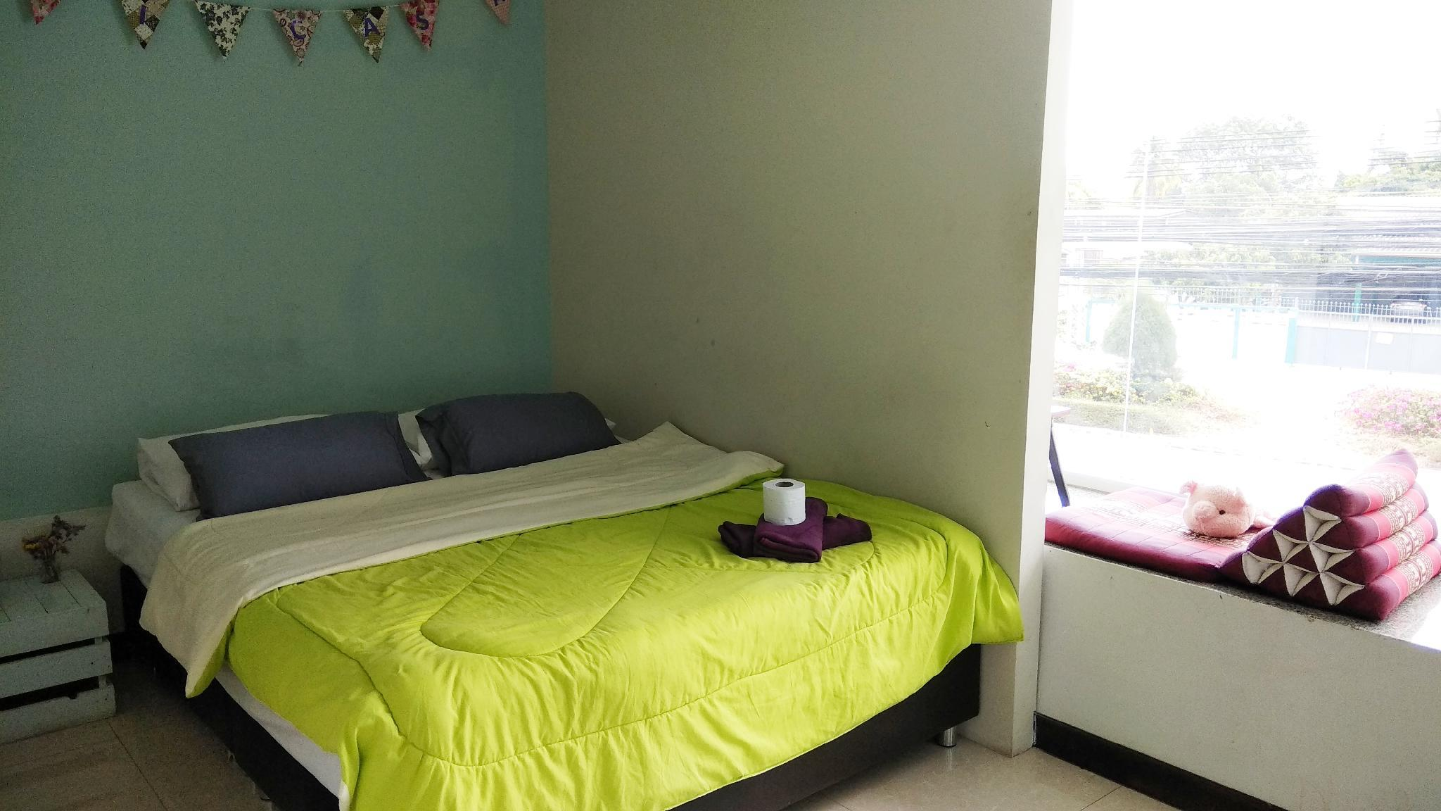 Classic Room with Balcony, Guest room, 1 King, City view