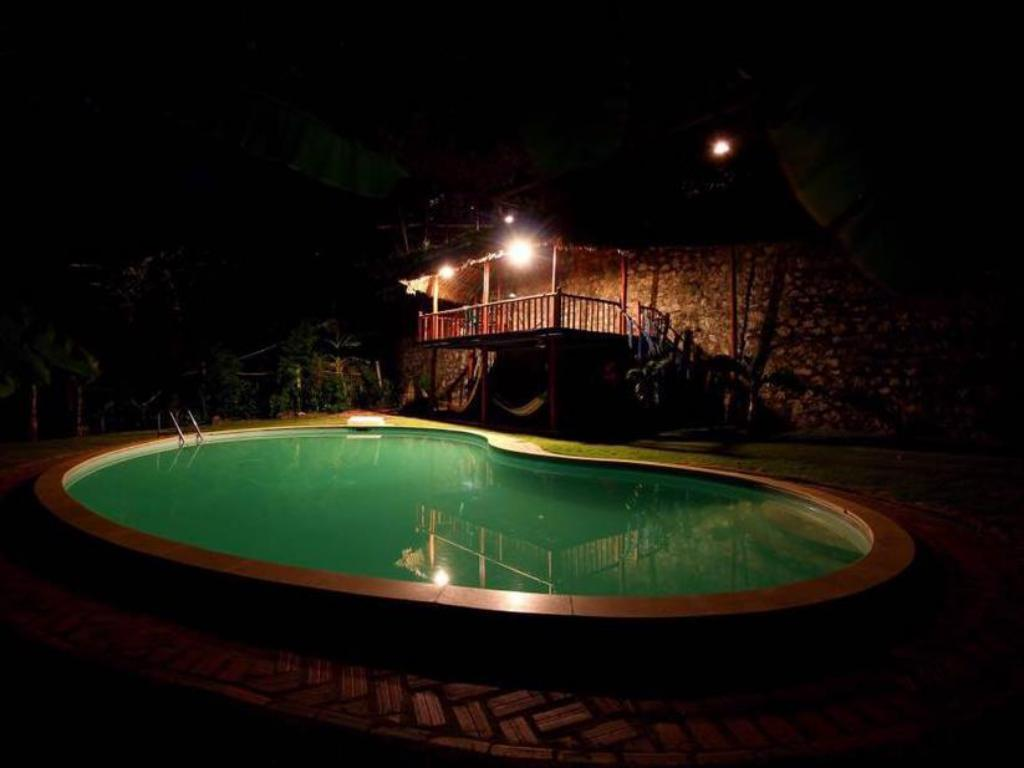 Piscine Banana and Rose Homestay
