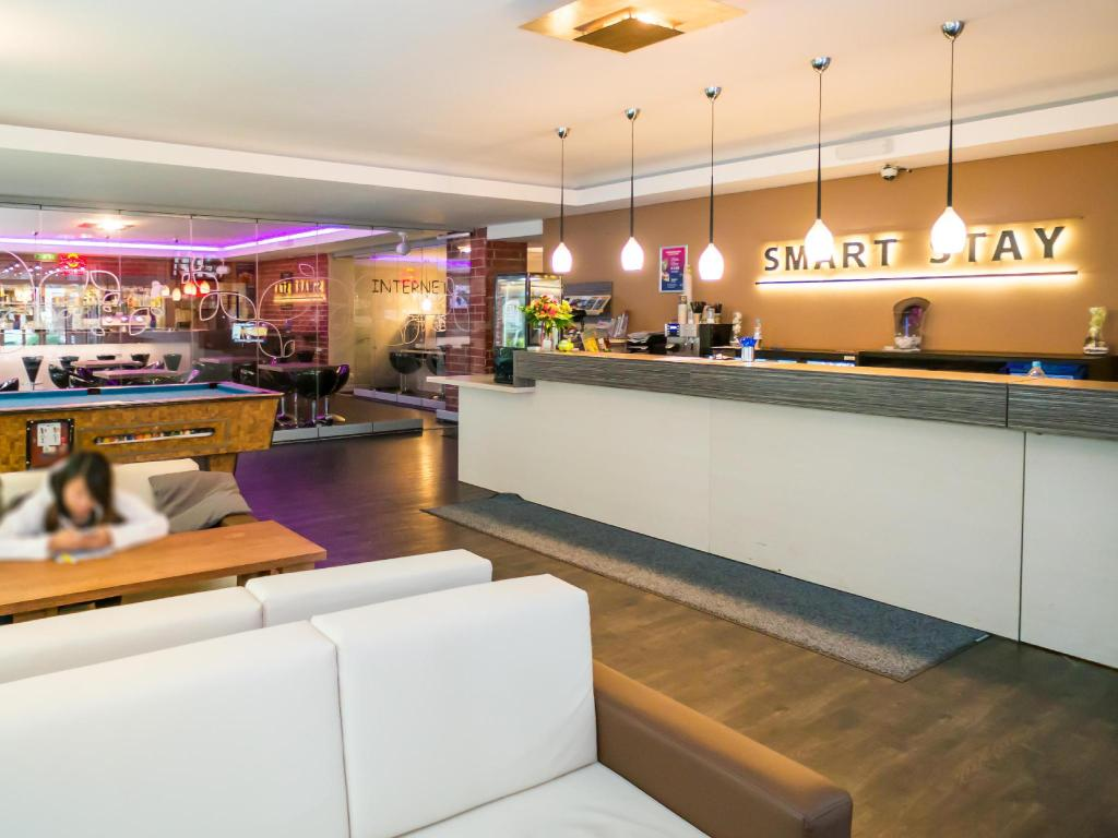 Лоби Smart Stay Hostel Munich City
