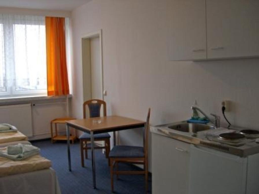 Gastehaus Rostock Lutten Klein Hotel Deals Photos Reviews