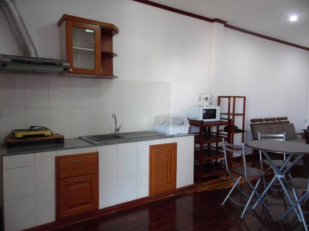 Standard 2 Bedroom Apartment Siharath Chansone Apartment