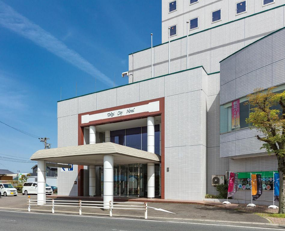 Exterior view Tokai City Hotel