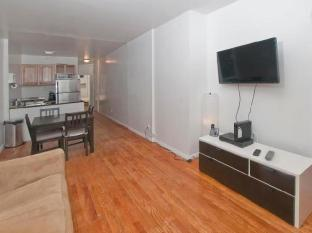 Spacious 2 Bedroom Apartment Times Square