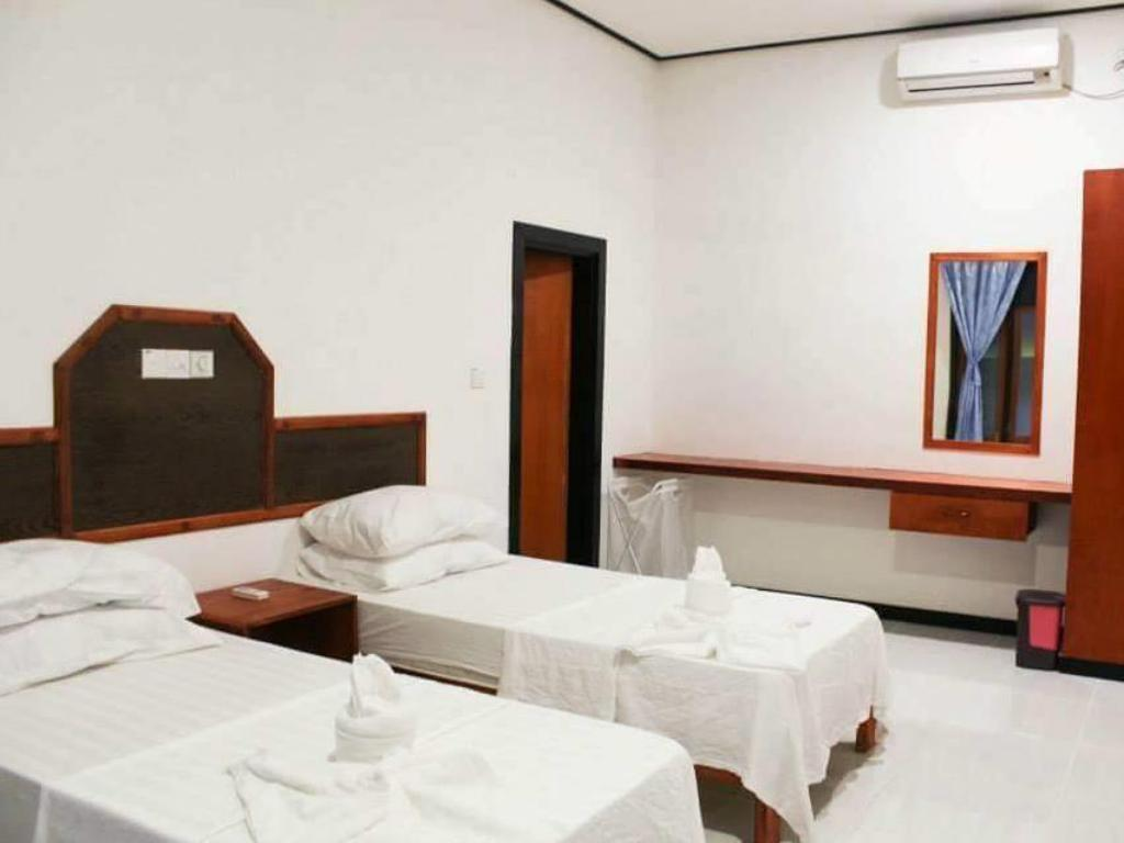 Deluxe Double or Twin - Guestroom Sun Suites Maldives Guraidhoo