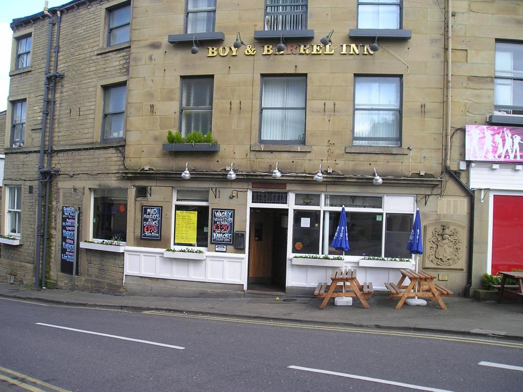 Pub/Lounge The New Huddersfield Hotel