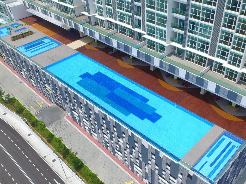 Swimmingpool JB City Paragon Serviced Apartment @ Strait View