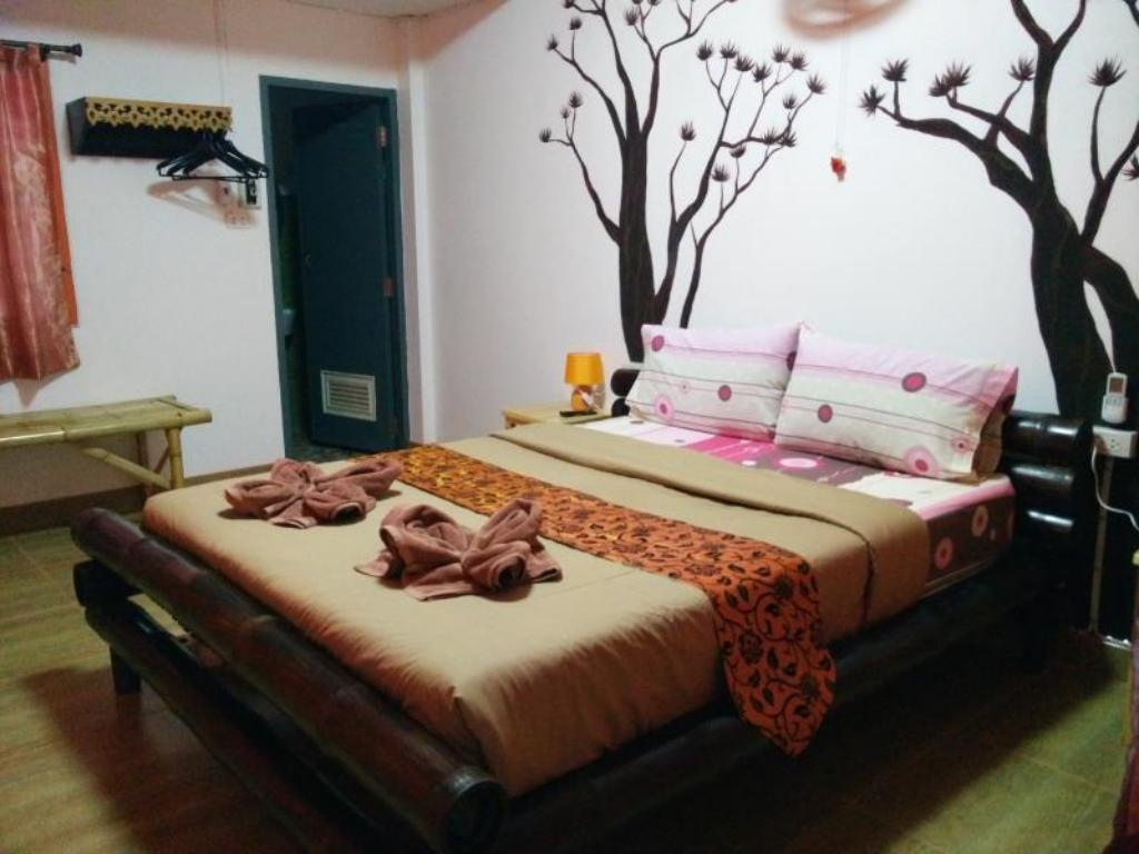 Air Conditioned Double Room Yin Yang Guesthouse