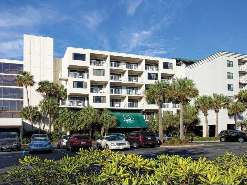 Wyndham Vacation Resort Bay Club