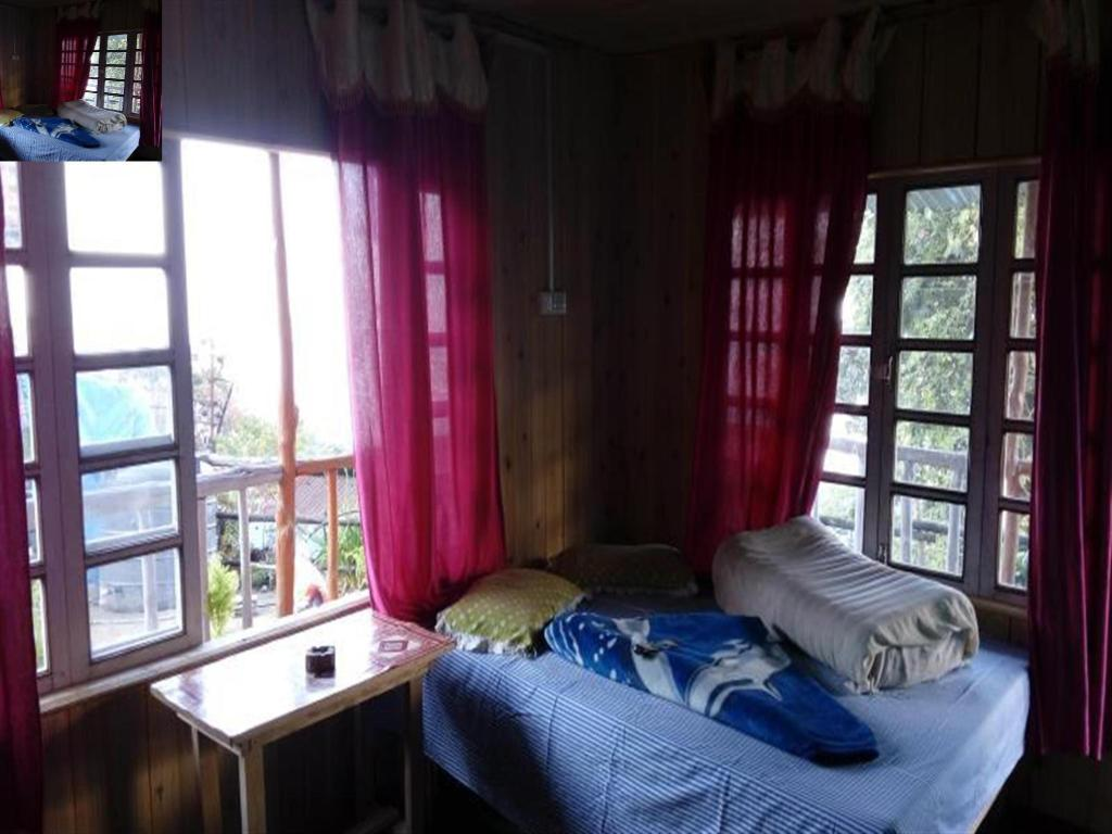 Semi Deluxe Double or Twin Room Pandim Cottage Rishop