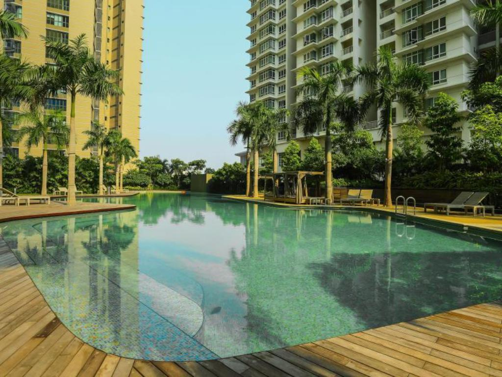 Swimming pool Setia Sky by KL Suites
