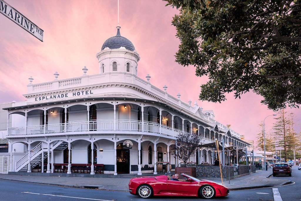فندق إسبلانادي فريمانتلي باي ريدجيز (Esplanade Hotel Fremantle – by Rydges)