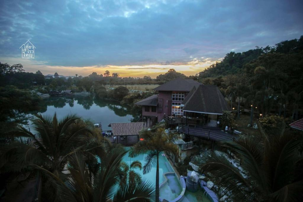 Thana Lagoon Resort