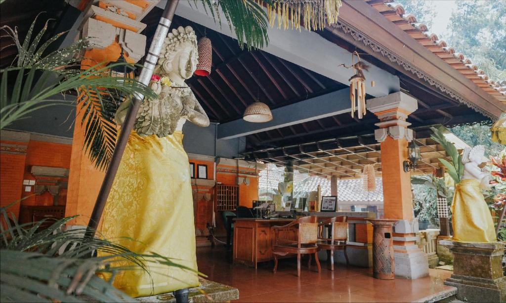 Ubud Hotel And Cottages Malang Booking Deals Photos Reviews