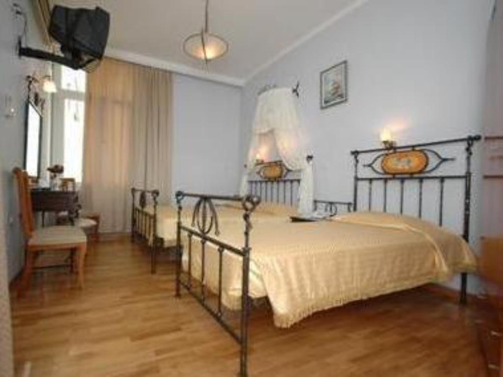 Cecil Hotel in Athens - Room Deals, Photos & Reviews