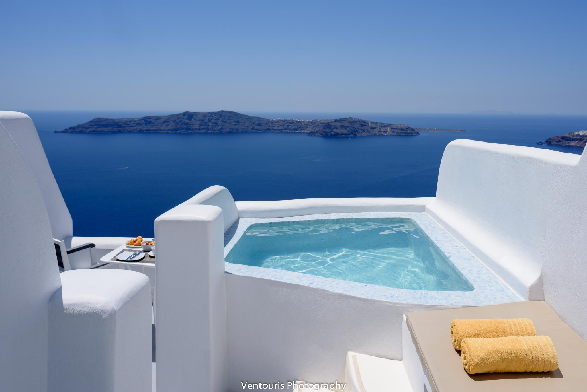 VIP Suite with Jacuzzi