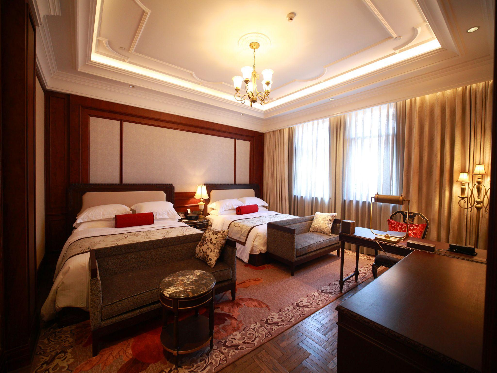 Shanghai Gay Travel Guide Hotels, Bars Traveling To China