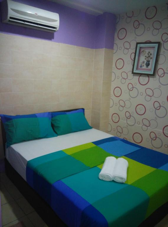 Deluxe Double (1 double Bed) Hotel Pudu 88 @ Chinatown