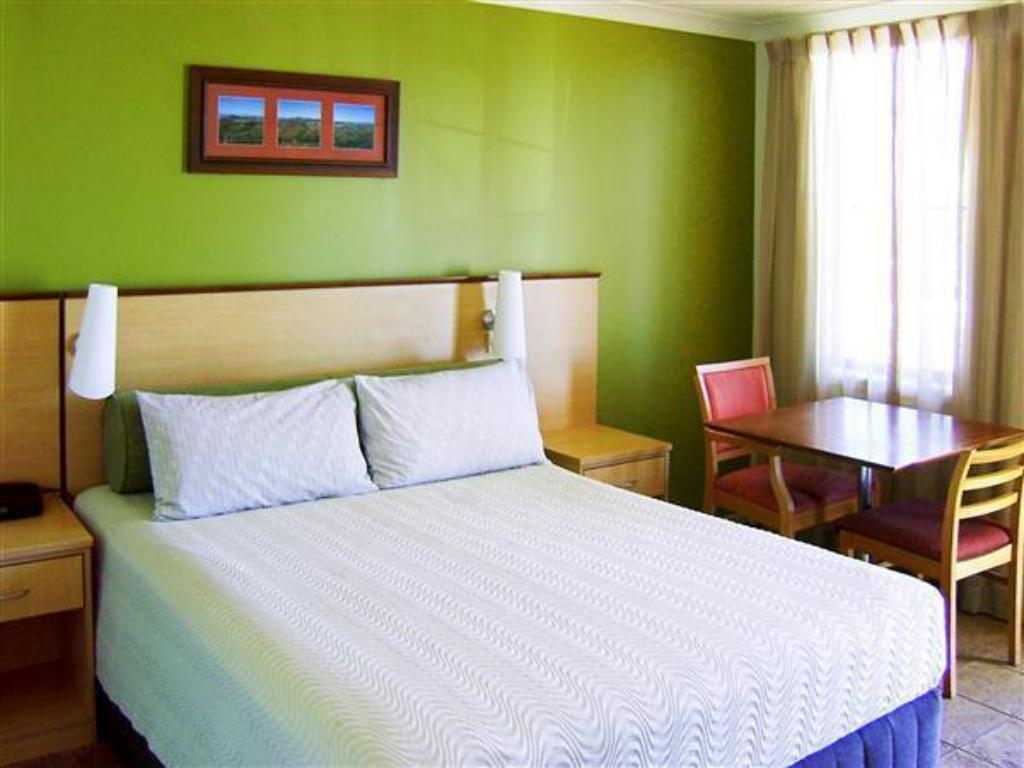 See all 33 photos Ibis Styles Port Hedland Hotel
