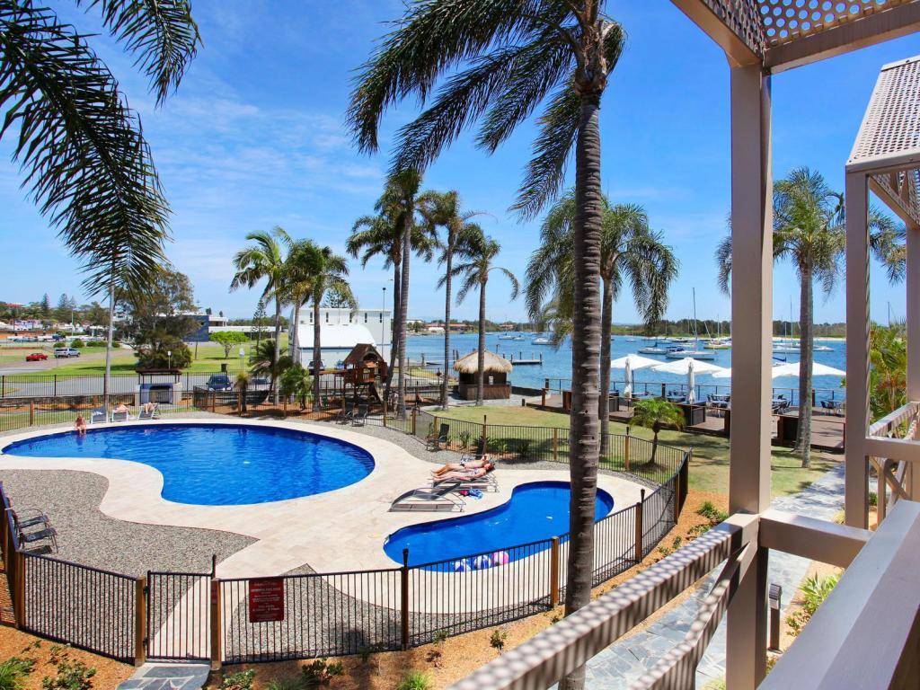 Bazen Waters Edge Port Macquarie Hotel