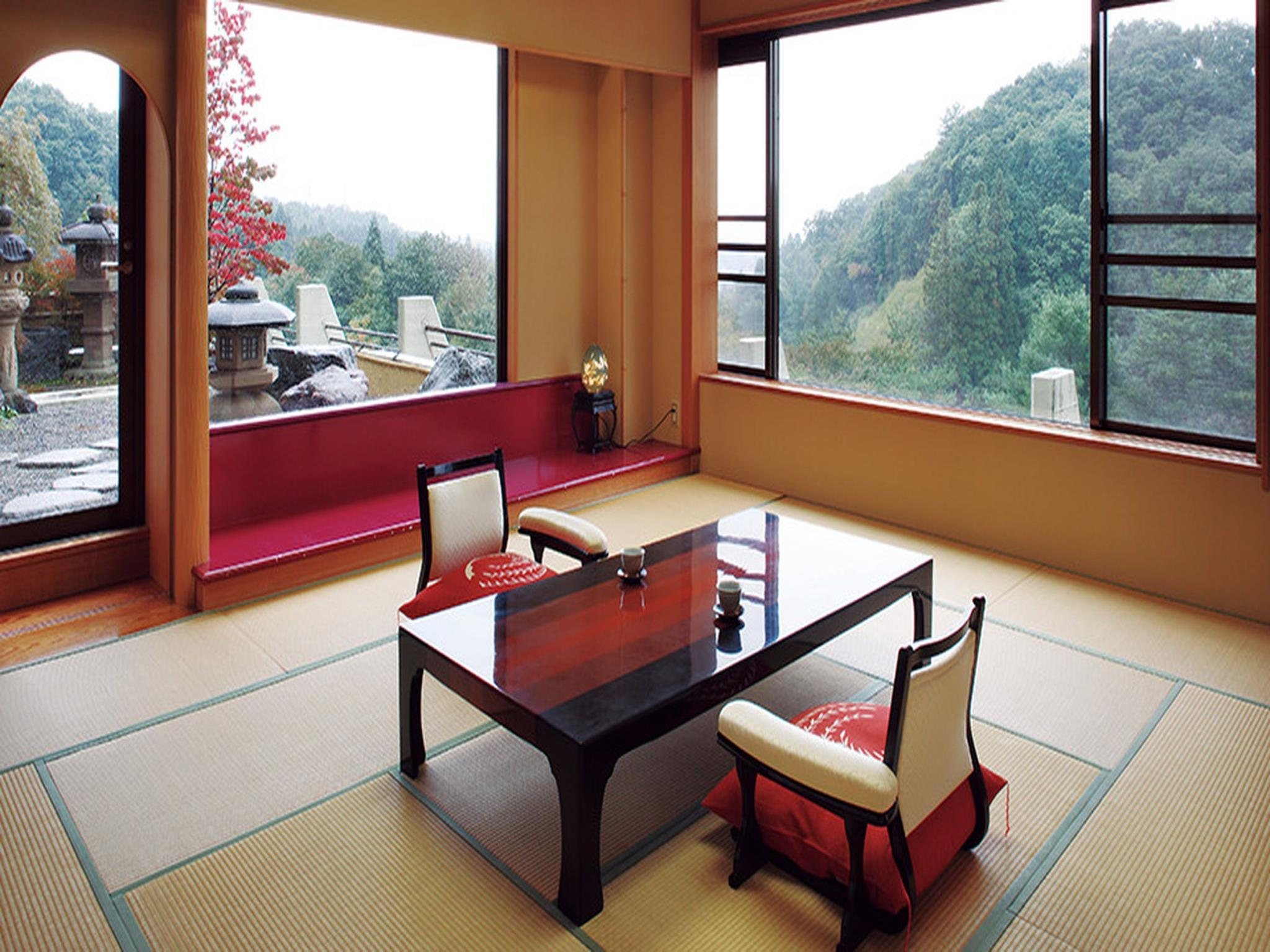 Japanese Style Room with Open-Air Bath