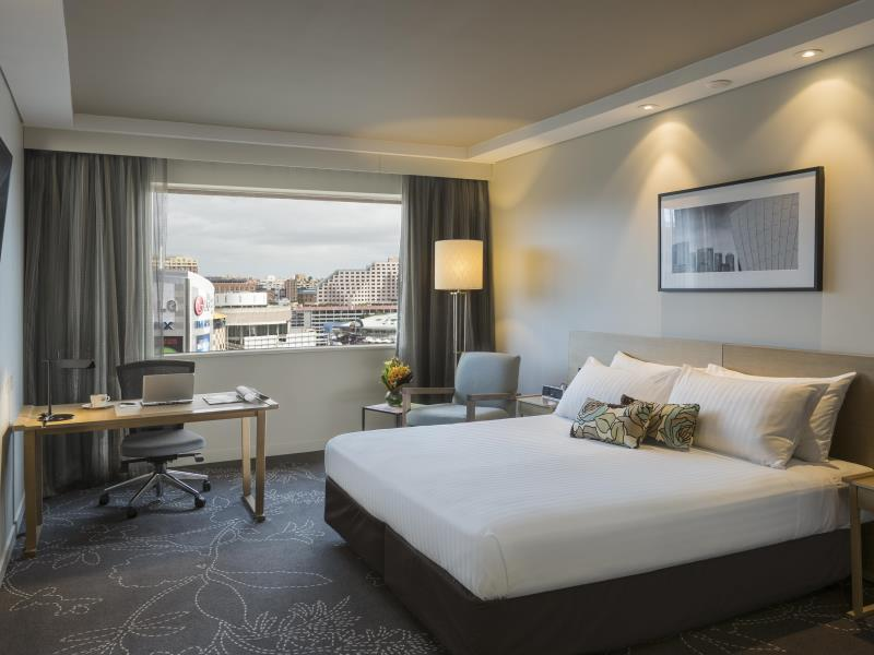 Darling Harbor King Room