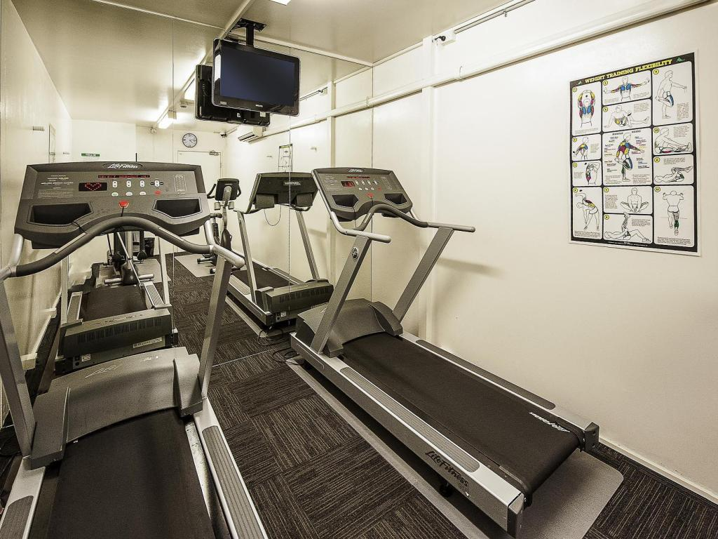 Fitness center Ibis Sydney Airport Hotel