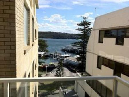 Tampilan interior Manly Seaside Holiday Apartments