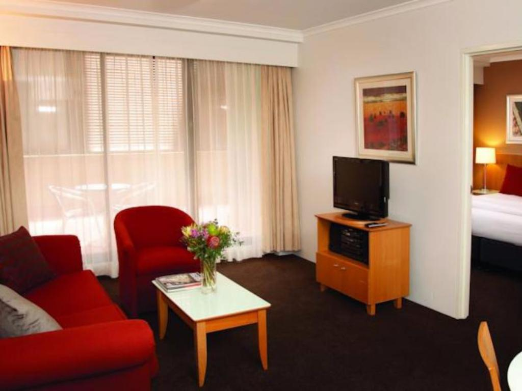 Interior view Medina Serviced Apartments Martin Place