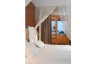 Long Stay Rate Deluxe Double Room