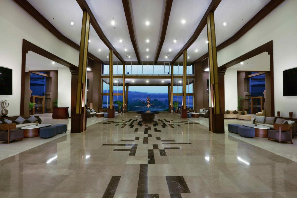 Lobby Aston Sentul Lake Resort & Conference Center